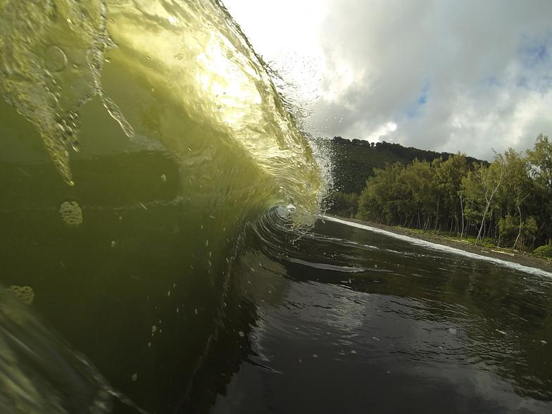 Waipio Valley surf break