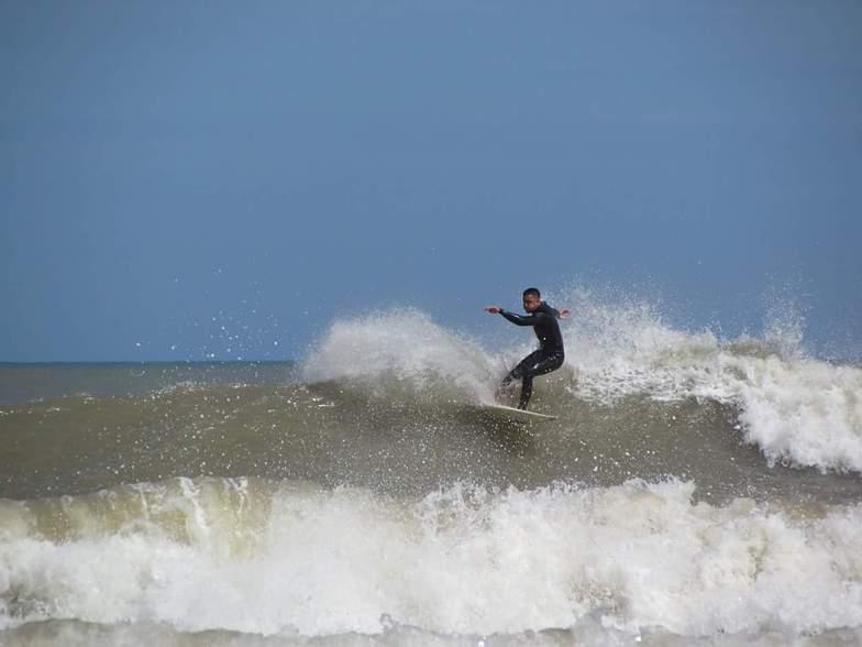 Espigon surf break