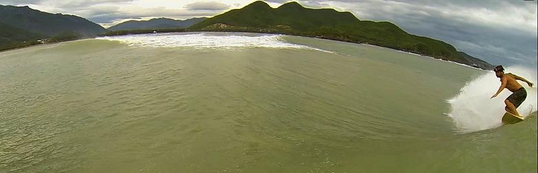 Dark Reef surf break