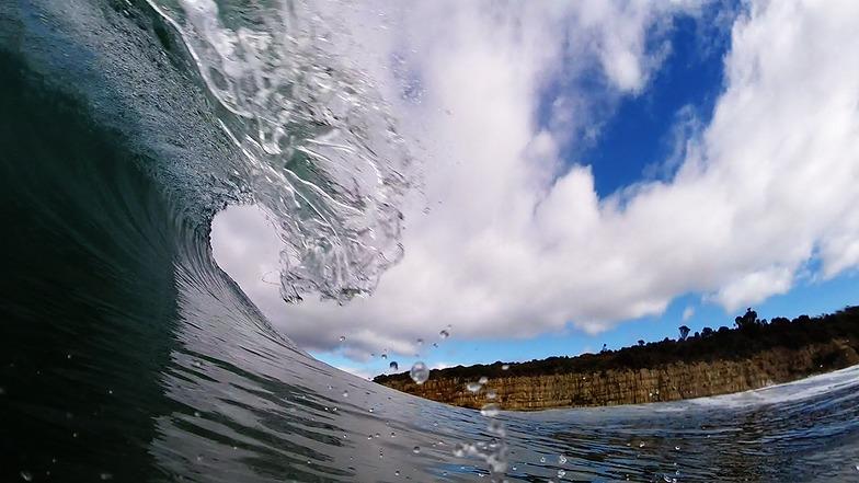 Rebounds surf break