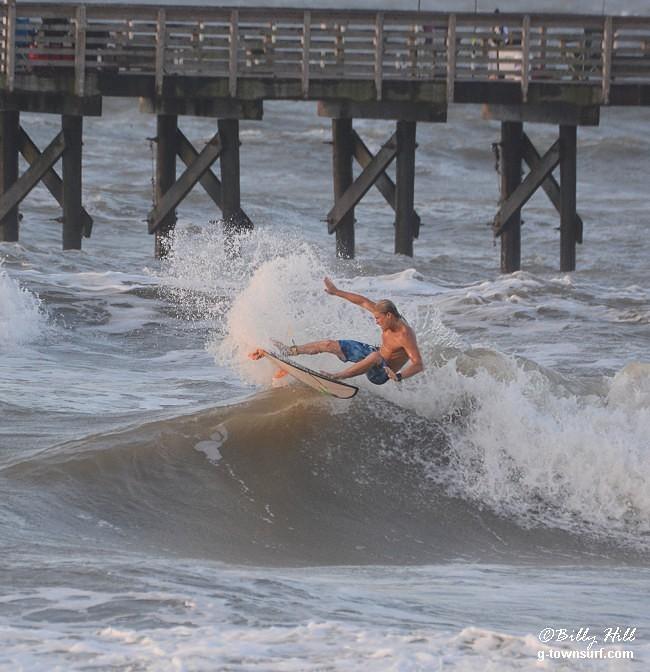 Galveston-61st Street Pier surf break