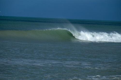 Clean swell, Amberley Beach