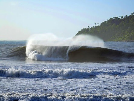 Riozinho surf break