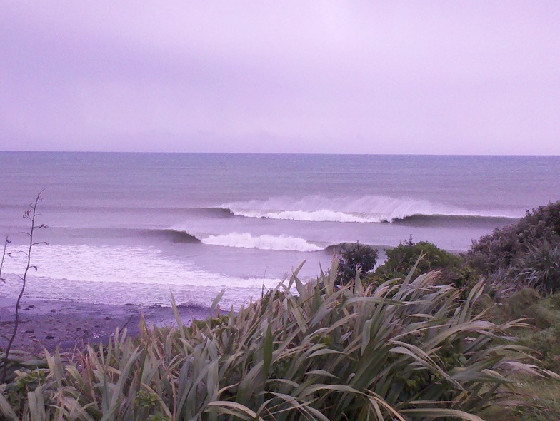 Back Beach surf break