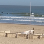 High tide nnw swell at the beach club in blankenberge