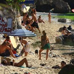 Surf Berbere Bali Indonesia, Bingin