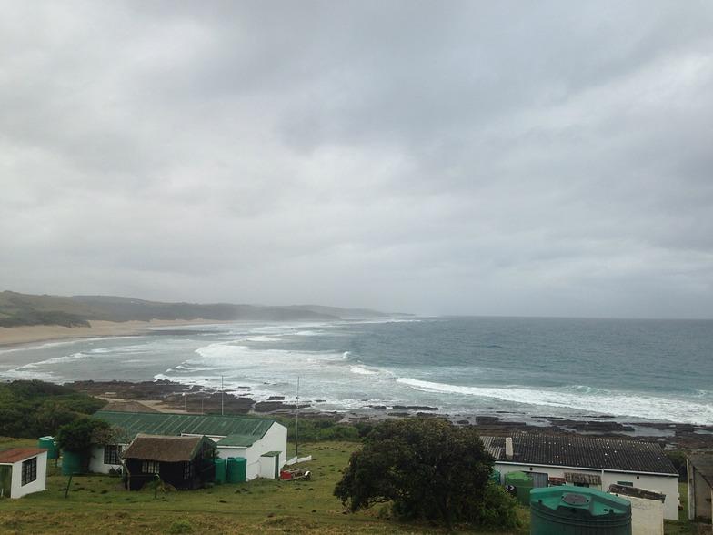 Ntylonyane (Breezy Point) surf break