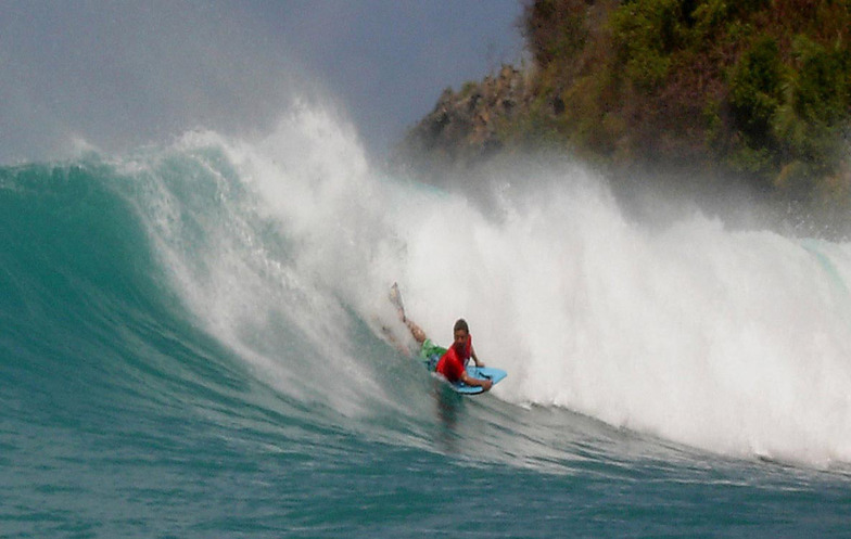 Cane Garden Bay surf break