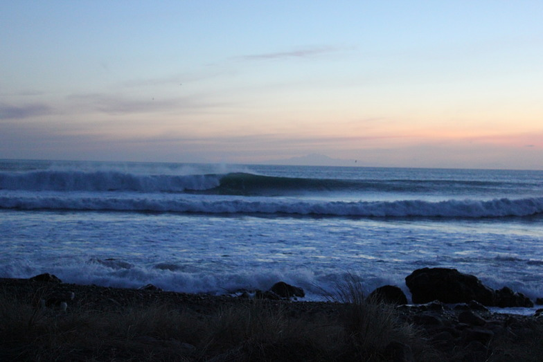 Ning Nong Point and Reef surf break