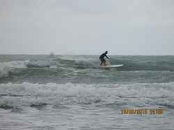 Good longboard and short board waves., Rayong Mae Ramphung Beach photo