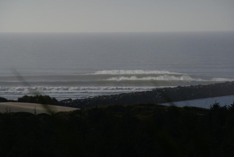 Winchesteer Bay/Umpqua Jetty surf break
