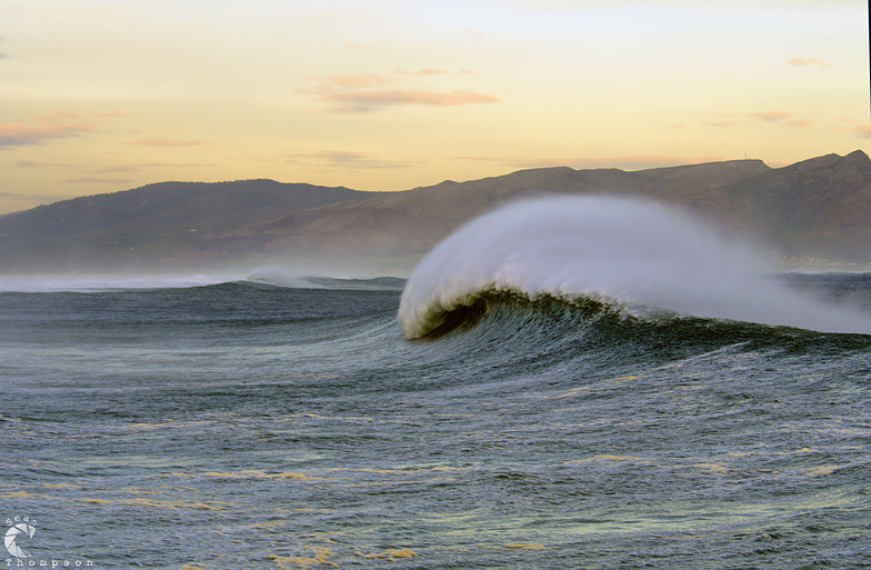 Kleinmond surf break
