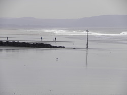 Spring Tide Tywyn photo