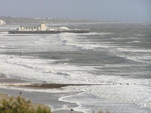 Good surfing waves?, Bournemouth Pier