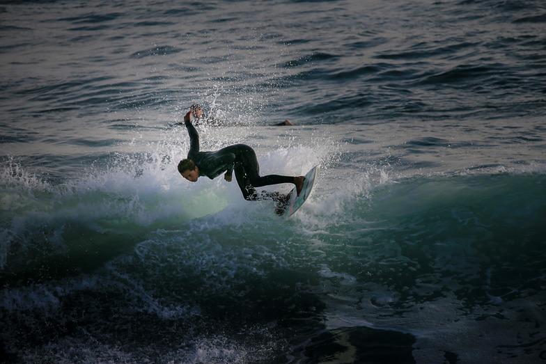 Nice surfing, Oceanside Pier