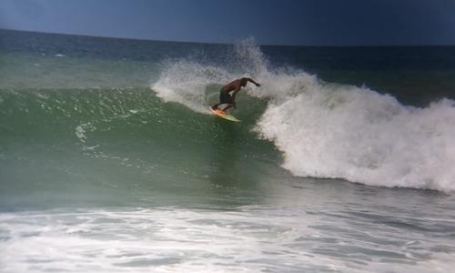 MAMO CATIA LA MAR. SURFER: MEMIN, Marina Grande