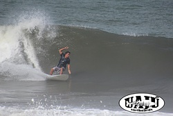 Alduir dropping on a UAJU Surfboard, Mendihuaca photo