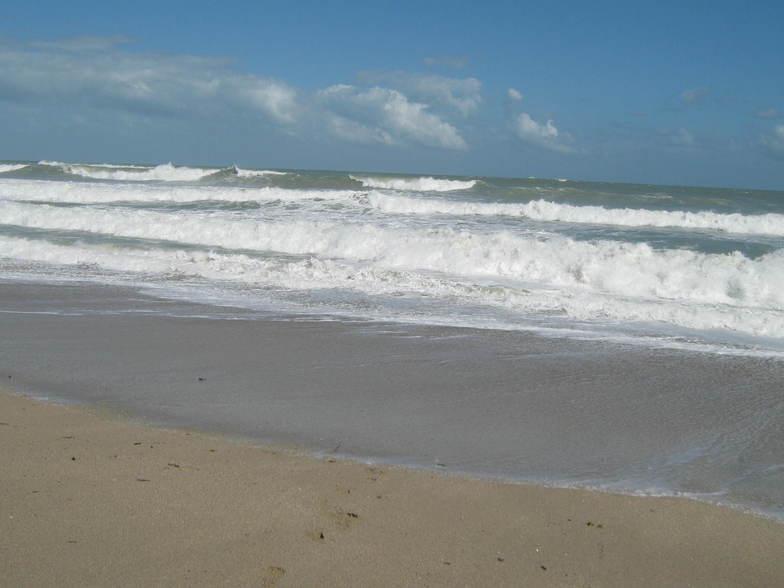 Unusually High Surf 11-13-10, Jensen Beach