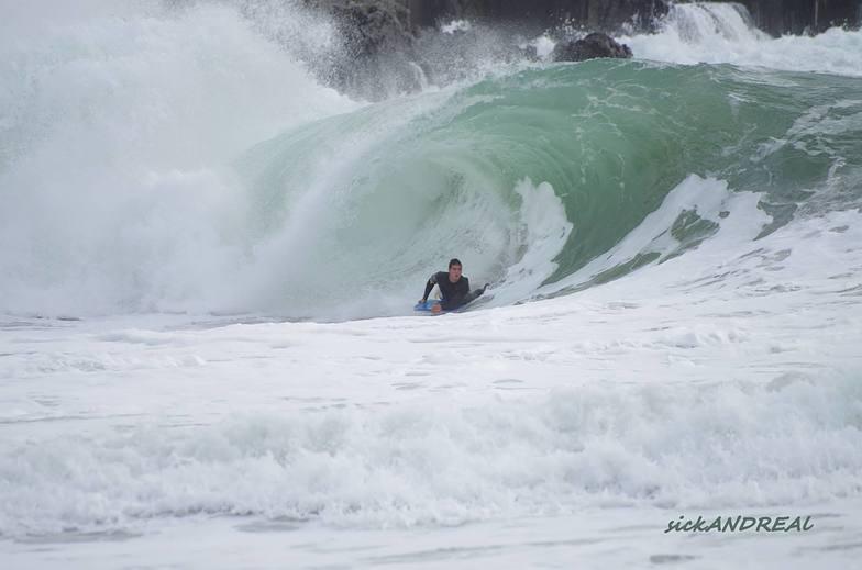 Playa de Melide surf break