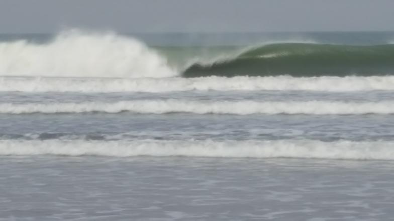 1 star swell, Senegambia Beach