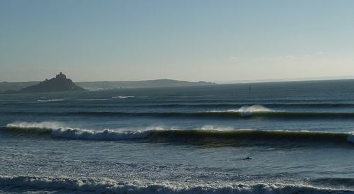 Clean surf at Penzance, Mounts Bay (Penzance)