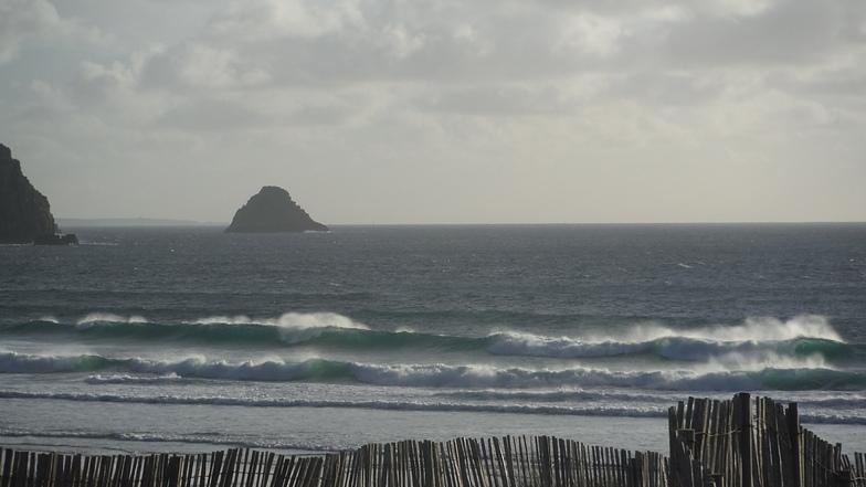 Anse de Pen-Hat surf break