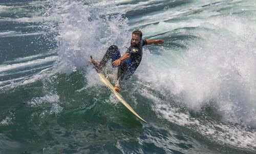 Surfing, Huntington Pier