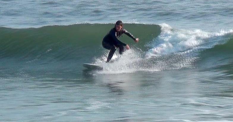 Caerhays surf break
