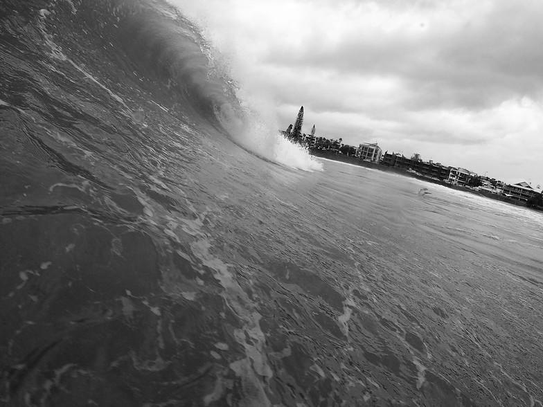Empty Waves at Alex, Alexandra Headland