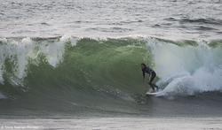 Andres Valdes -  Surfing swell, La Boca Con Con photo