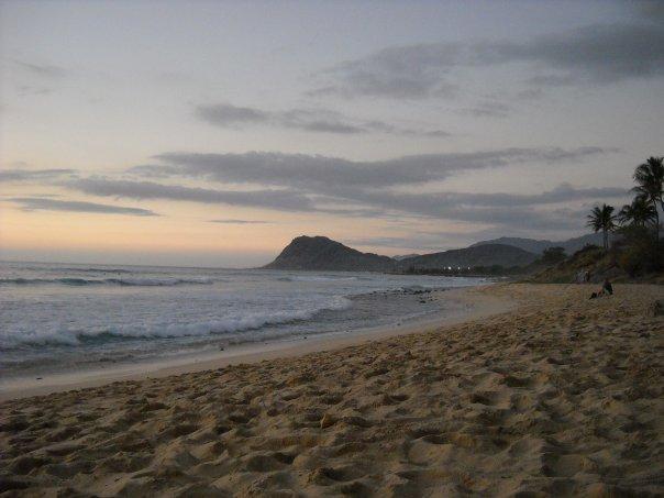 Tracks Beach Dec. 2009, Tracks (Nanakuli)