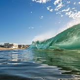 Newi bARRELS, Newcastle Beach