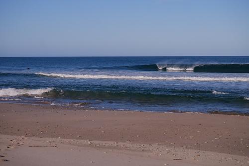 A good little wave, Diners Beach