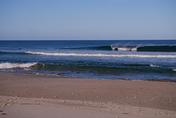 A good little wave, Diners Beach photo