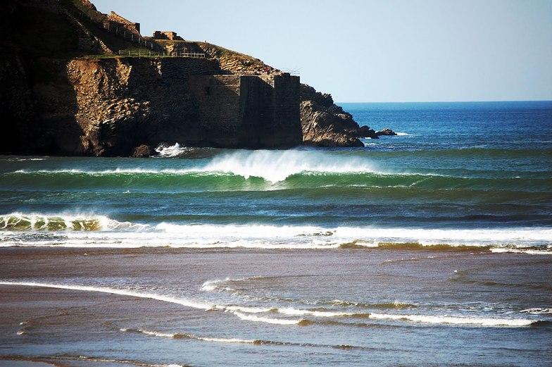 La Arena surf break