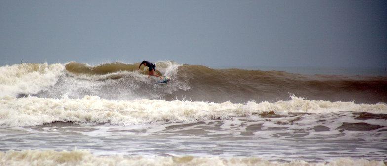 Non Nuoc surf break
