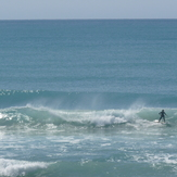 Pines - small summer swell, Wainui Beach - Pines