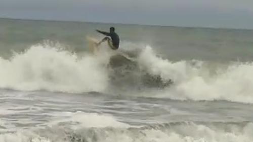 Olber grueso estilo libre surf ladrilleros, Playa Ladrilleros