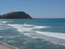 Tail end of a South Swell, Makorori Centre photo