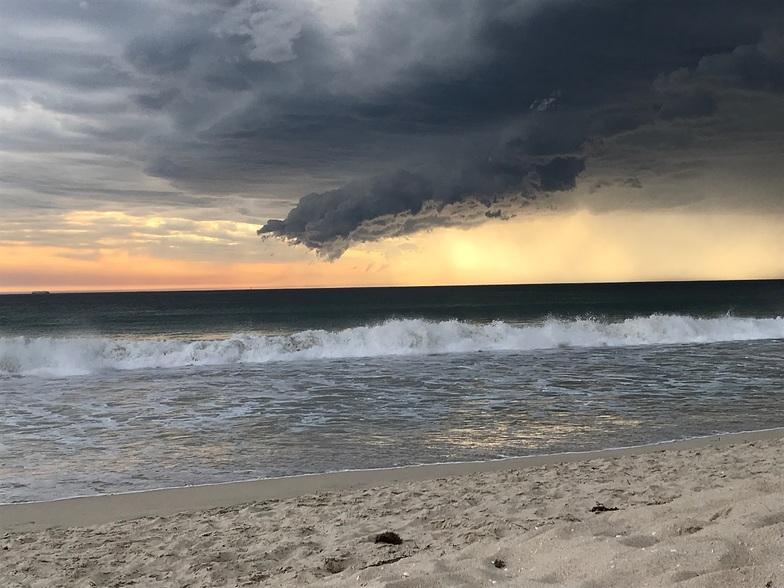 Trigg Beach surf break