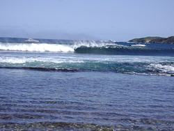 Strickland surf, Strickland Bay photo