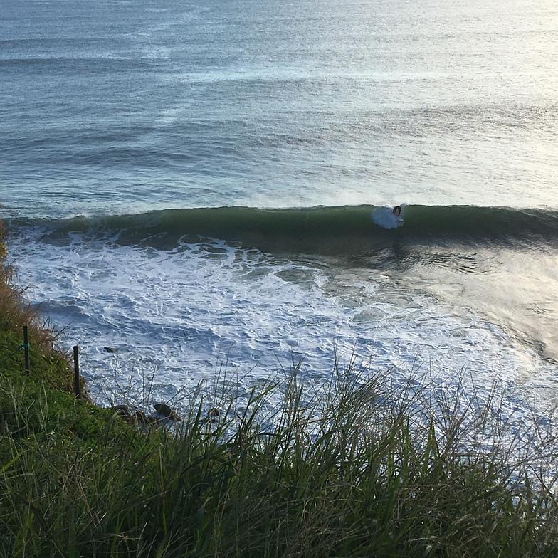 Tombstones surf break
