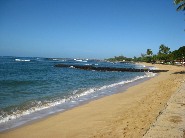 Army Beach surf break