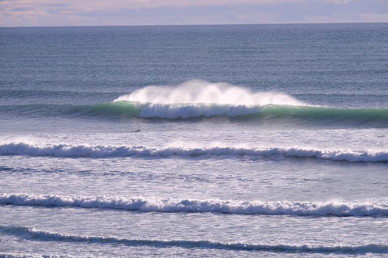 Clean surf conditions at Wharariki, Wharariki Beach