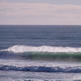 Wharariki set wave, Wharariki Beach