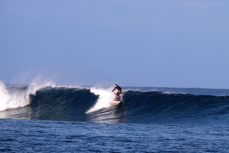 Ouano Left light winds, Ouano Lefts