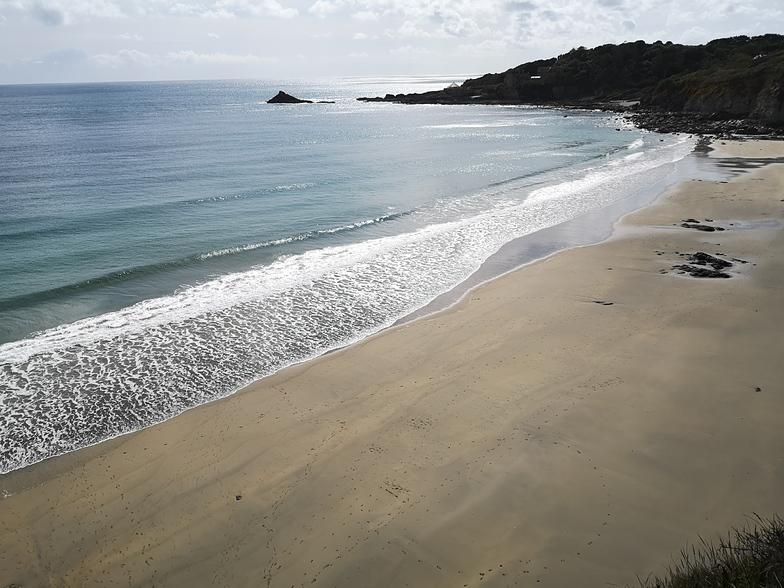 Kenneggy Cove surf break