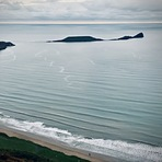 Chilled out evening surf, Rhossili