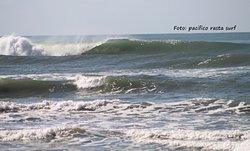 Good left, Playa Princess photo