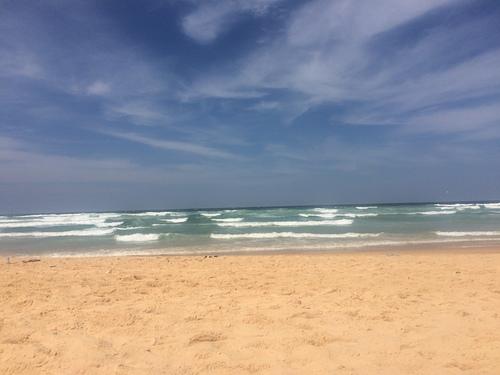 Jour venteux à Yoff, Yoff Beach